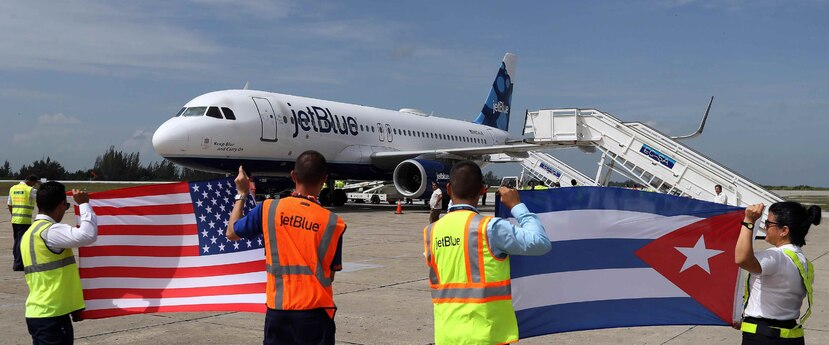 A partir de este 10 de diciembre entra en vigor la prohibición por parte de la Casa Blanca de los vuelos de aerolíneas comerciales estadounidenses hacia el territorio cubano. (EFE / Alejandro Ernesto)