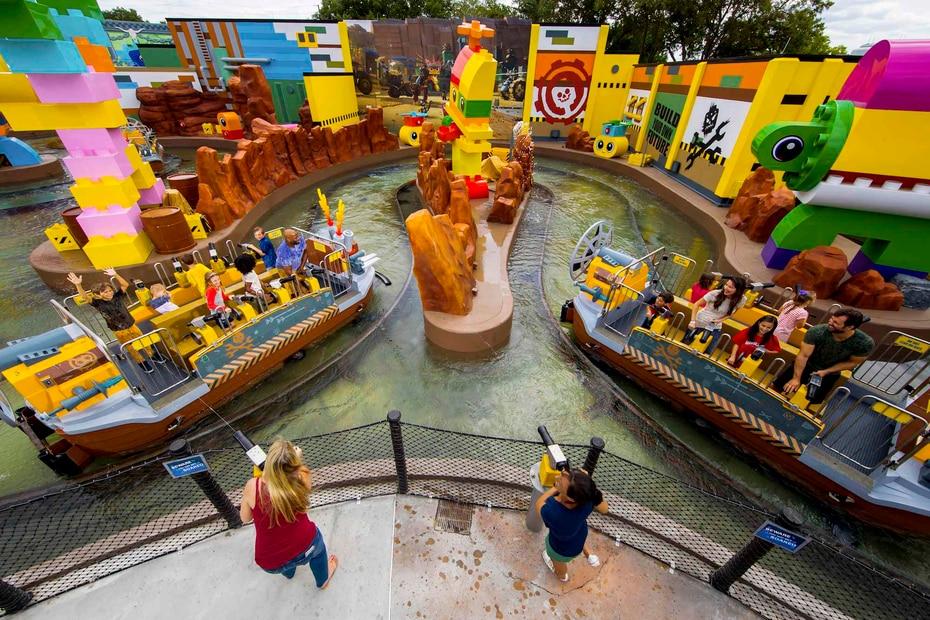 The Lego Movie World, creado por Merlin Entertainments Group, dueños del parque, en conjunto con la división de productos de consumo de Warners Bros, tiene tres atracciones nuevas, incluyendo Battle of Bricksburg. (Suministrada)