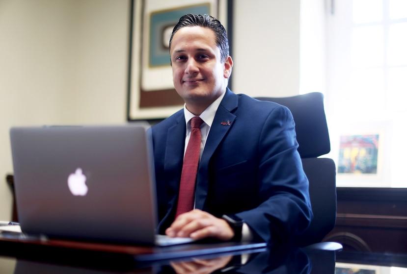 Carlos Mercado, quien fue nombrado director ejecutivo de la Compañía de Turismo, trabajó antes en el International Institute of Tropical Forestry (IITF), en la Cámara de Representantes y en la Compañía de Comercio y Exportación.