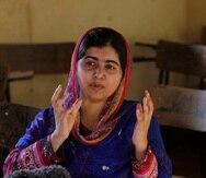 Malala Yousafzai,  que ha creado un fondo para la educación de niñas en el mundo y que además financia una escuela para niñas en el valle de Swat, criticó al gobierno y las fuerzas armadas.
