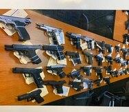 Parte de las armas ocupadas por los federales.