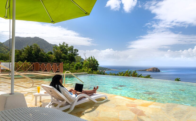 En la isla de Dominica se han mantenido muy bajas las tasas de infección de COVID y recientemente recibió el Sello Safe Travels del Consejo Mundial de Viajes y Turismo.