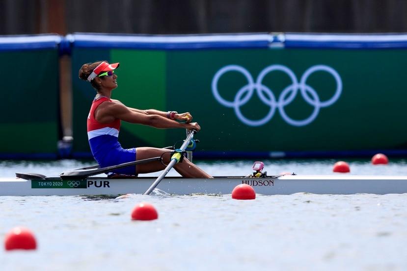 Verónica Toro compite el evento de remo (Women's Single Sculls: heat 3) en las Olimpiadas (Juegos Olímpicos) de Tokyo 2020.