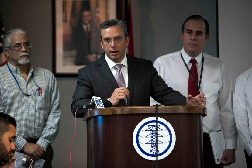 García Padilla during a press conference held at the Puerto Rico Electric Power Authority.