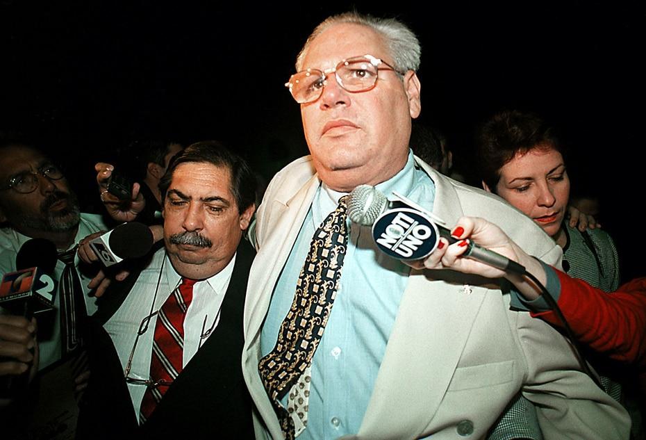 """La Casa Blanca recordó que, en 1999, el entonces alcalde de Toa Alta, Ángel """"Buzo"""" Rodríguez, fue sentenciado a cuatro años de prisión y seis meses de prisión por cargos de soborno. (GFR Media)"""