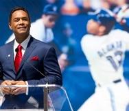 Roberto Alomar  fue despedido la semana pasada como asesor de las Grandes Ligas y fue incluido en la lista de personas inelegibles para empleos en el béisbol luego de que se hicieran pública unas acusaciones de conducta sexual inapropiada.en su contra.