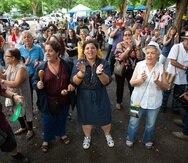 Los manifestantes celebraron durante la Promesa de Reyes la firma de Wanda Vázquez.