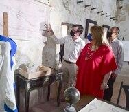 La comisionada Jenniffer González visitó el Fortín San Gerónimo.