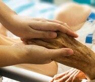 Si el paciente decide solicitar el servicio de hospicio, la organización que haya elegido para atenderlo, visitarán el lugar donde se encuentre la persona para asegurarse de que las necesidades del paciente sean atendidas. (Pixabay)