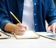 La Pontificia Universidad Católica continuará con clases a distancia. (Shutterstock)