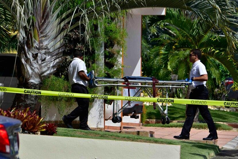 Los cuerpos de los tres infantes, de 10, 8 y 6 años fueron encontrados por su abuela paterna el martes en la mañana en su residencia, en la urbanización Jacaranda, en Ponce.