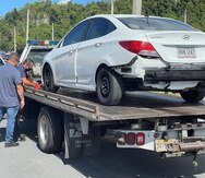El auto fue ocupado por los oficiales en el estacionamiento del antiguo Sam's Club, en Barceloneta.