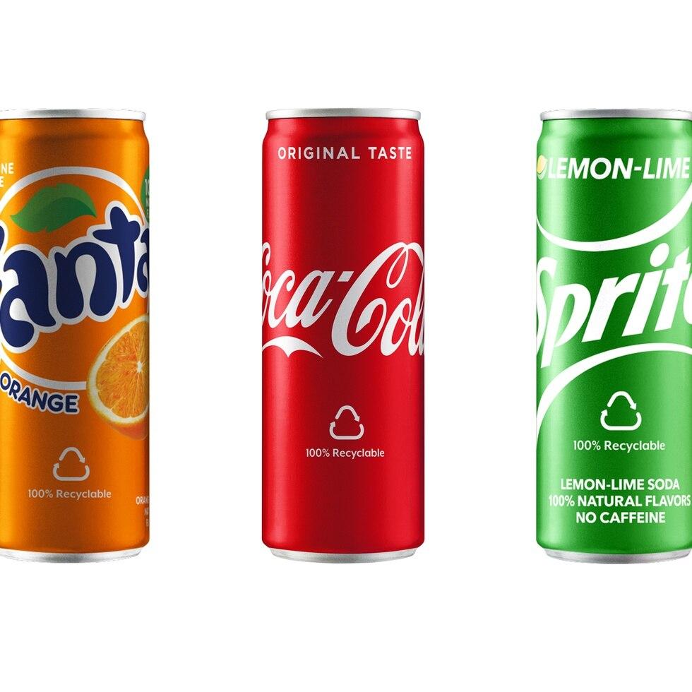 """El nuevo empaque llamado """"Sleek Can"""",   celebra los 25 años del establecimiento de Coca-Cola Puerto Rico Bottlers en la isla."""