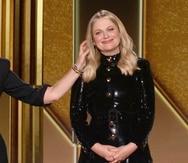 Tina Fey, a la izquierda desde Nueva York, y Amy Poehler, desde Beverly Hills, California, condujeron la ceremonia de los Golden Globe del 2021.