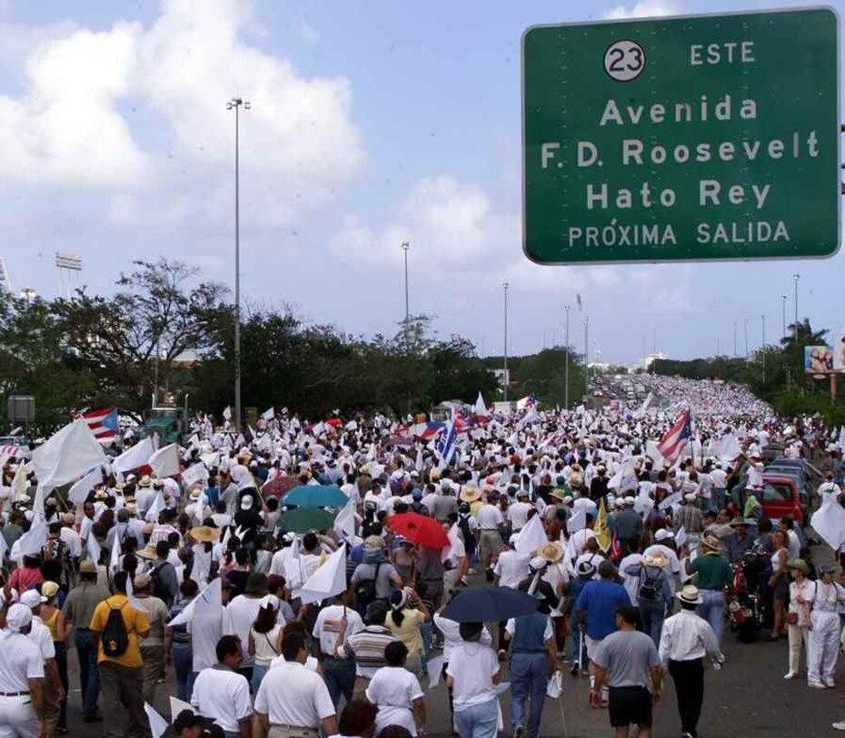 2000 | La marcha es considerada como uno de los eventos más concurridos en la historia del país. (GFR Media)