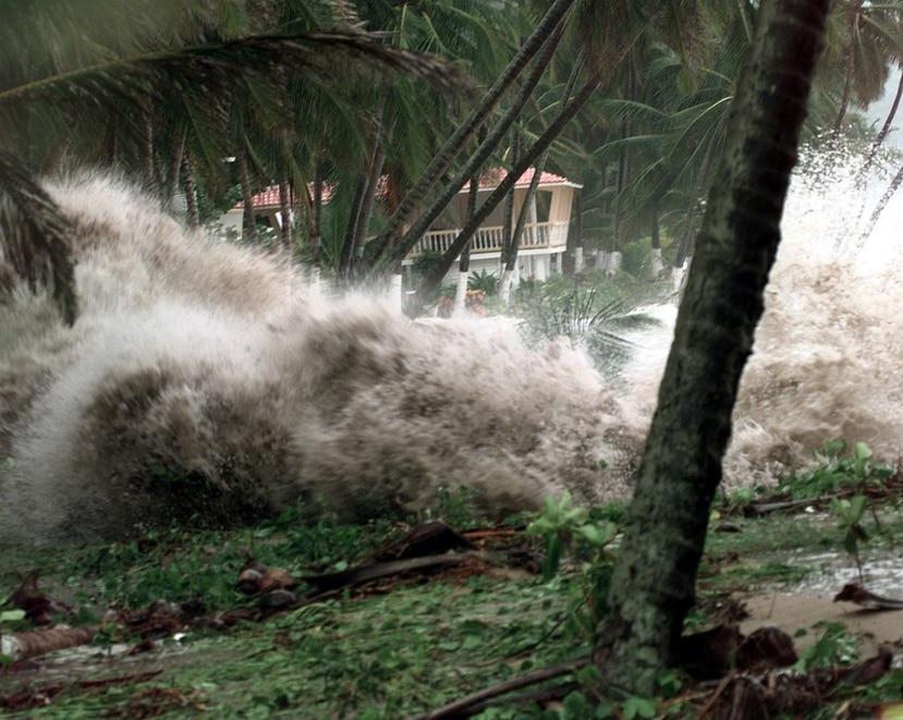 Imagen del impacto de huracán Geroges a la costa de Maunabo. (Archivo / GFR Media)