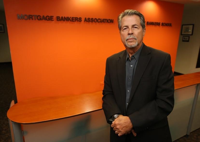 Steven Vélez-Orta cuenta con una extensa carrera en la industria hipotecaria local, y presidió la Mortgage Bankers Association del 2008 al 2010.