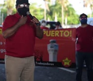 Manifestantes bloquean acceso al aeropuerto desde el Puente Teodoro Moscoso