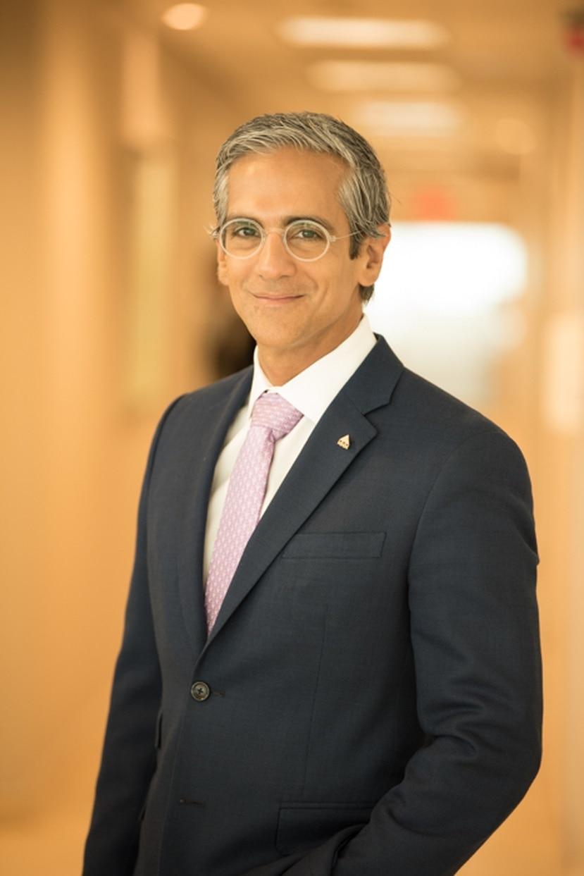 El nuevo jefe de informática (CIO) de MMM, Rachid Molinary, se desempeño anteriormente como Vicepresidente Senior de Banco Popular y Vicepresidente de Diseño y Desarrollo Web, Soluciones de Pago y Comercio Digital para Evertec.