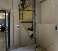 Una pared del cuarto de las consolas de control de las unidades #5 y #6 de Costa Sur se desplomó. (Suministrada)