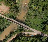 El puente sobre el Río Tanamá en Arecibo conecta unas 3,300 familias de los barrios Tanamá, Hato Viejo y Esperanza.