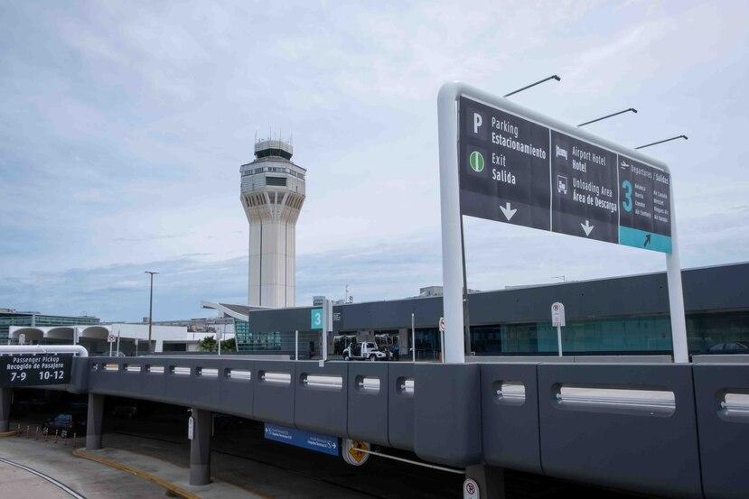 Imagen del terminal de salidas en el aeropuerto internacional Luis Muñoz Marín. (GFR Media)