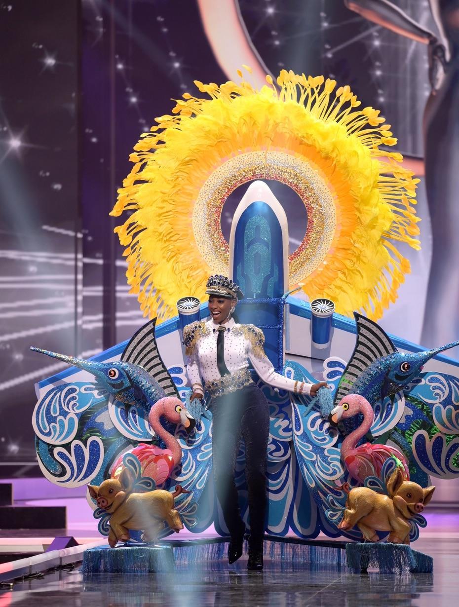 Shauntae Miller, Miss Universe Bahamas 2020, se inspiró en la industria turística de su país durante la competencia de trajes típicos, celebrada en Hollywood, Florida.