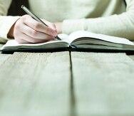 Escribir en arroz y habichuelas
