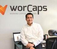 Freddy Castejón, director general de la empresa  Worcaps, una firma que convierte en flujo de efectivo las cuentas por cobrar de los negocios.