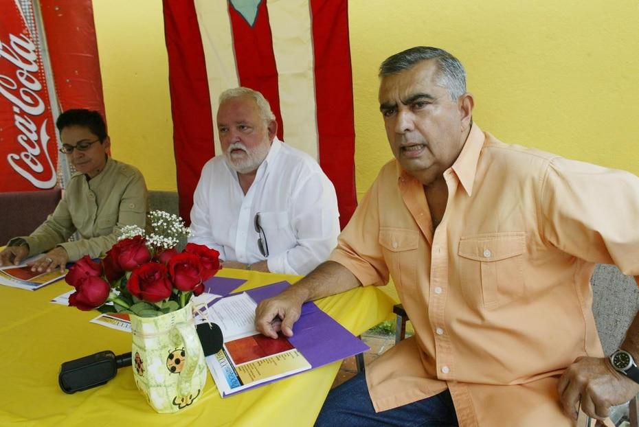 Gallisá en sus funciones como director del diario Claridad en el 2004.