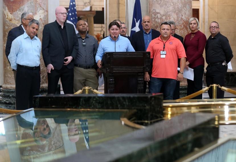 Ismael Rivera, presidente del Sindicato de Policías Puertorriqueños, y otros miembros de organizaciones bajo la sombrilla de Seguridad Pública, denuncian crisis en seguridad.
