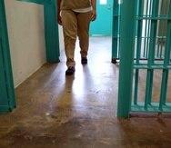 La portavoz de la prisión, Liz Velez, confirmó a NJ.com que la Fiscalía había abierto una investigación pero no ofreció más detalles.