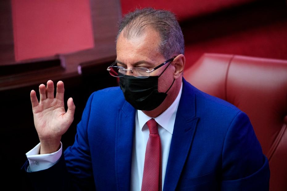 Juan Zaragoza juramenta en el Senado.