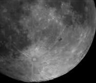 El momento en el que la nave espacial pasa frente a la Luna. (Suministrada / Efraín Morales / Sociedad de Astronomía del Caribe)