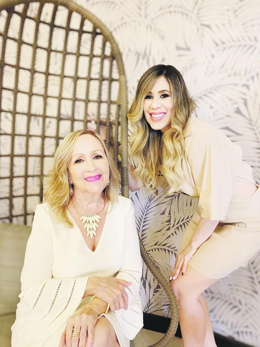 La publicista Angelisse Cortés repasa todo lo que ha vivido con su progenitora, la realtor Ivelisse Figueroa, en tantos años dedicados a los bienes raíces y lo que representa para ellas cada vez que una familia toma las llaves de su nuevo hogar en las manos.