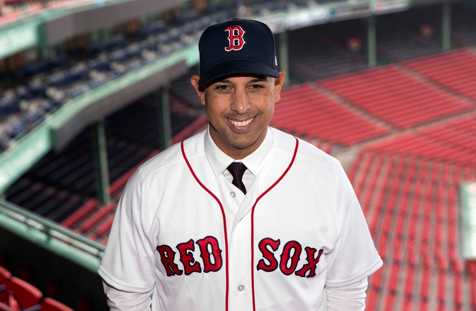 A finales de 2017, los Red Sox anunciaron a Cora como su dirigente número 47 en la historia de la franquicia y el primer latinoamericano.
