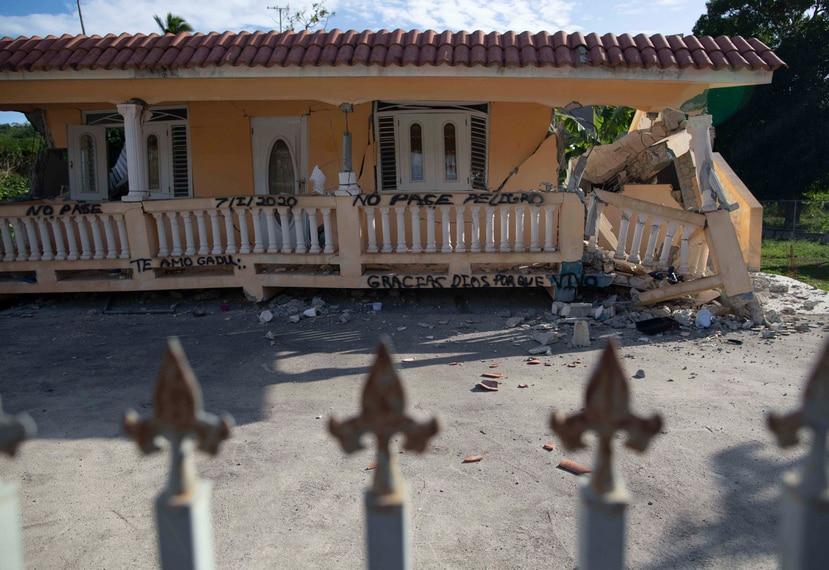 EN la foto, casa destruida por el terremoto en Yauco.