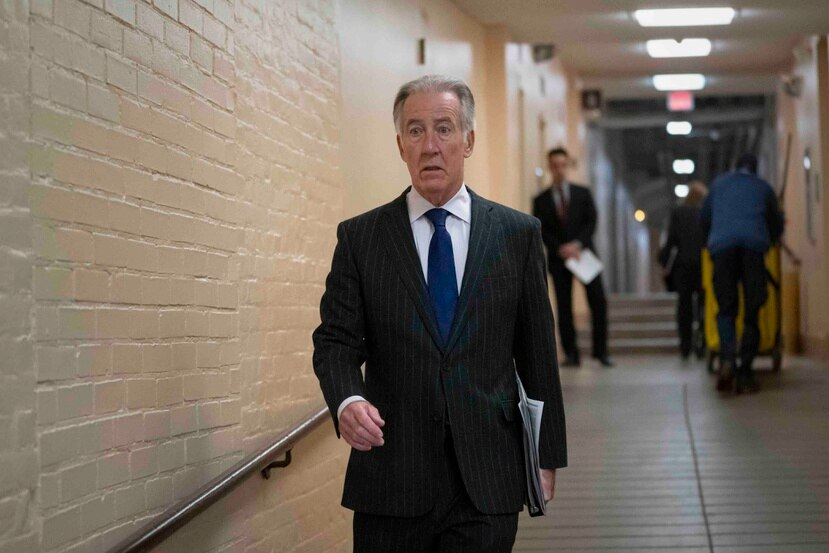 El demócrata Richard Neal, solicitó al Servicio Interno de Impuestos que entregue  declaraciones fiscales de Donald Trump. (AP/J. Scott Applewhite)