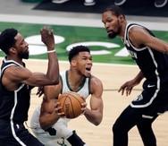 Los Bucks vuelven a vencer a los Nets y aseguran su presencia en los playoffs