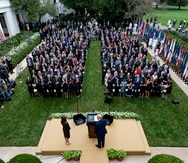 Estas son las personas que arrojaron positivo a coronavirus tras compartir con Trump y visitar la Casa Blanca