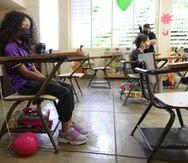 20210310, CayeyLa secretaria de Educaci—n, Elba Aponte visita la escuela montessori Eugenio Maria de Hostos en el reinicio de clases que se vio interrumpido por el de covid_19.  (FOTO: VANESSA SERRA DIAZvanessa.serra@gfrmedia.com)