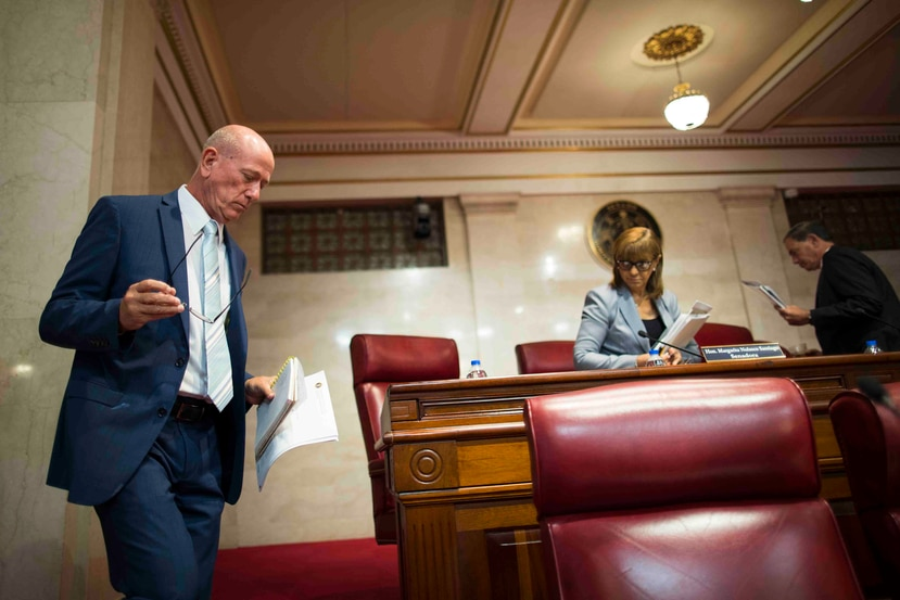 El senador Larry Seilhamer defendió ayer una medida de su autoría que busca establecer un plan para manejar los cambios ligados al cambio climático.