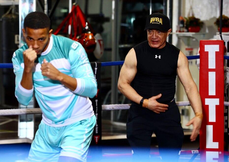 Félix Verdejo entrena junto a Ismael Zayas en Las Vegas.