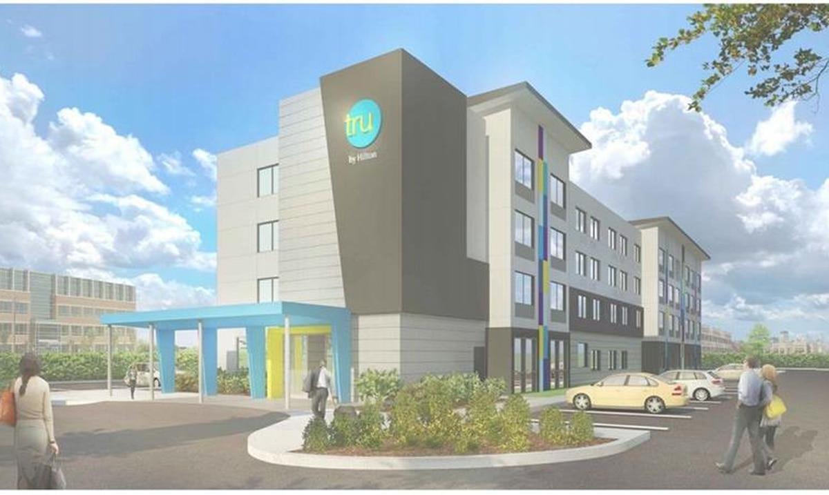 Empresa local abrirá hoteles de la marca Tru by Hilton