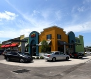 Restaurante El Mesón Sándwiches en Kissimmee,  Florida.  Actualmente, la cadena local opera tres restaurantes en Florida y se prepara para abrir otros adicionales este año, confirmó su presidente Felipe Pérez.