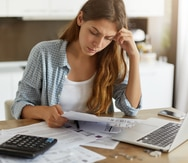 Crece el número de mujeres con el crédito afectado