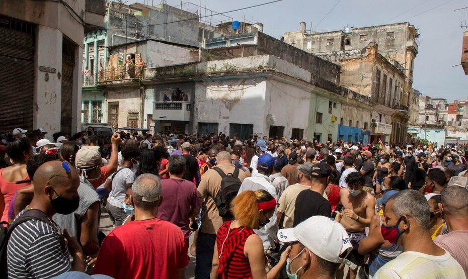 Las protestas se desarrollaron en medio de una grave crisis económica y sanitaria por el COVID-19.