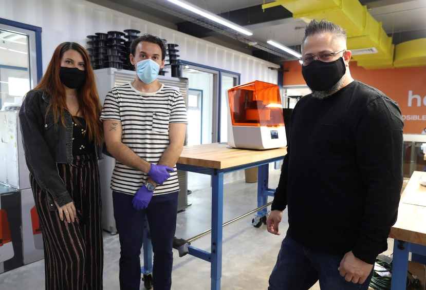 Desde la izquierda:  María Laura Martínez, cofundadora de Tredé; Vicente Gascó, experto en diseño de productos de Tredé; y Luis Armando Torres, cofundador de Engine-4.