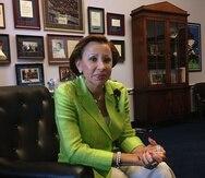 Nydia Velázquez está en Puerto Rico como parte de una delegación encabezada por el gobernador de Nueva York.