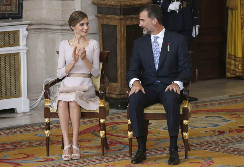Felipe, de 47 años, fue proclamado rey hace un año sustituyendo a su padre, Juan Carlos tras una serie de escándalos que afectaron tanto a su familia como a la institución.